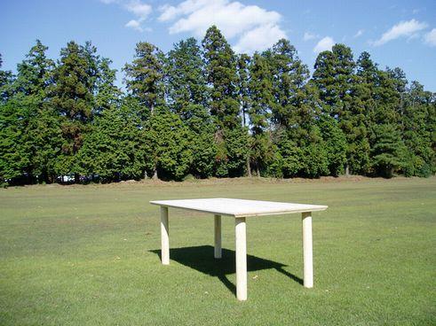 オリジナルダイニングテーブル「JS」デビュー_a0059217_1983472.jpg