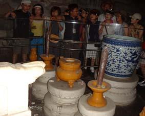 北京閑話 十三廟の地下に入る!と。_a0084343_1627015.jpg