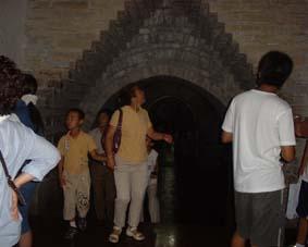 北京閑話 十三廟の地下に入る!と。_a0084343_16271577.jpg