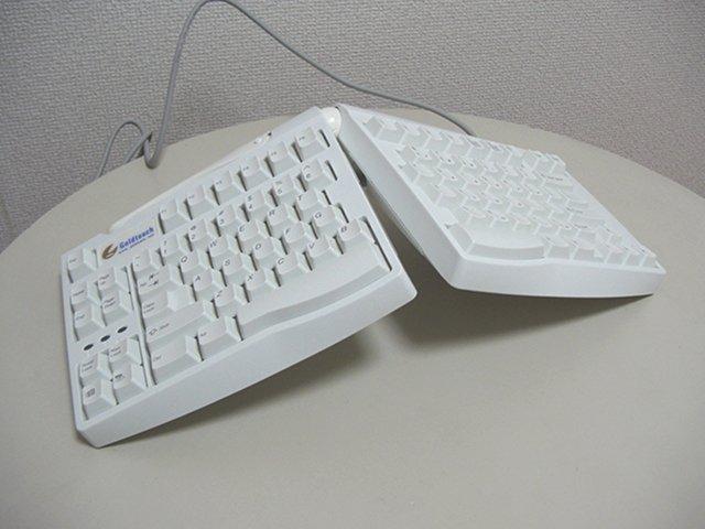 【レビュー】Goldtouch KeyboardUnit KFK-E87YQ_c0004568_20402289.jpg