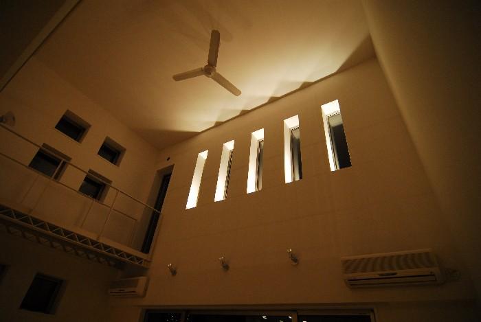 自宅建築 8 「照明点灯」_b0065572_9195190.jpg