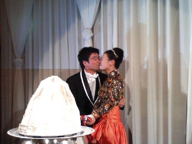 豪太さん結婚!!!_f0053060_2039105.jpg