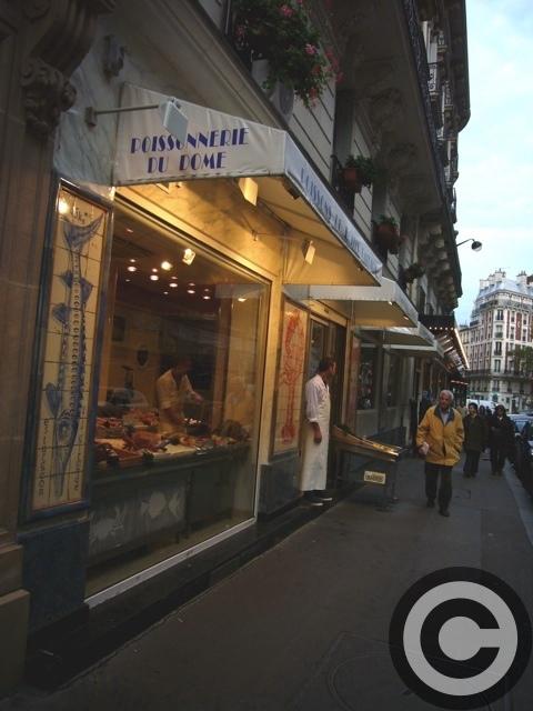 ■街角の魚屋(パリ)_a0014299_2135471.jpg