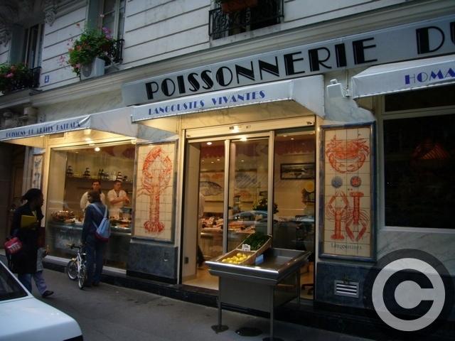■街角の魚屋(パリ)_a0014299_214108.jpg