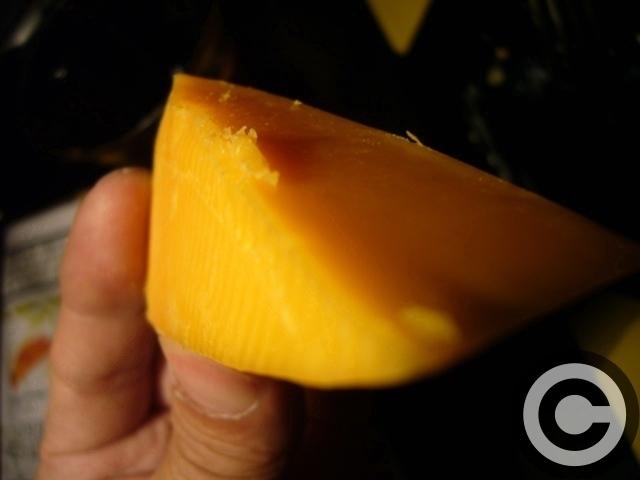 ■最近ヒットだったスーパーのチーズたち(パリ)_a0014299_8434830.jpg