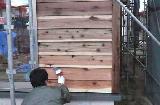 Q1新屋の家03 : 板張り、塗装、断熱施工_e0054299_13185675.jpg