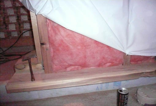 Q1新屋の家03 : 板張り、塗装、断熱施工_e0054299_1319773.jpg