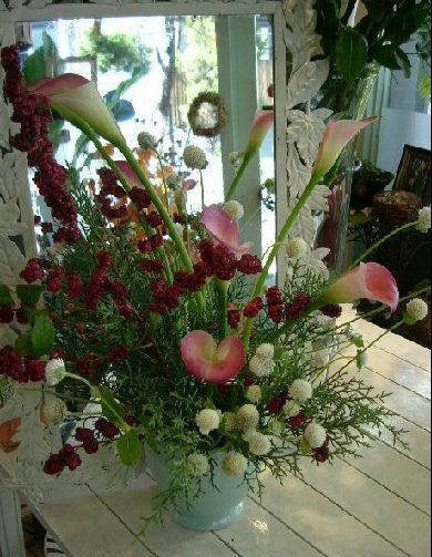 オークリーフ花の教室(望月さん(上)と小井戸さん(下)の作品)_f0049672_12585481.jpg