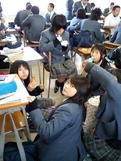 学校の人が・・・・_a0065393_1333983.jpg