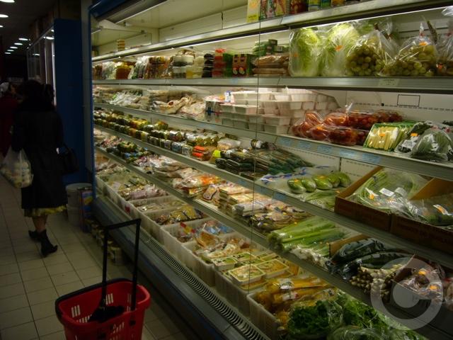 ■モベールの中華ベトナム食材店再オープン(パリ)_a0014299_18635100.jpg