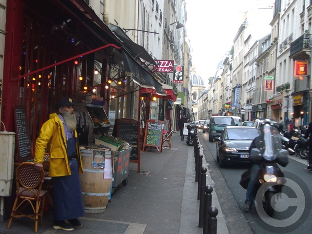 ■街角のレストラン(パリ)_a0014299_18572971.jpg
