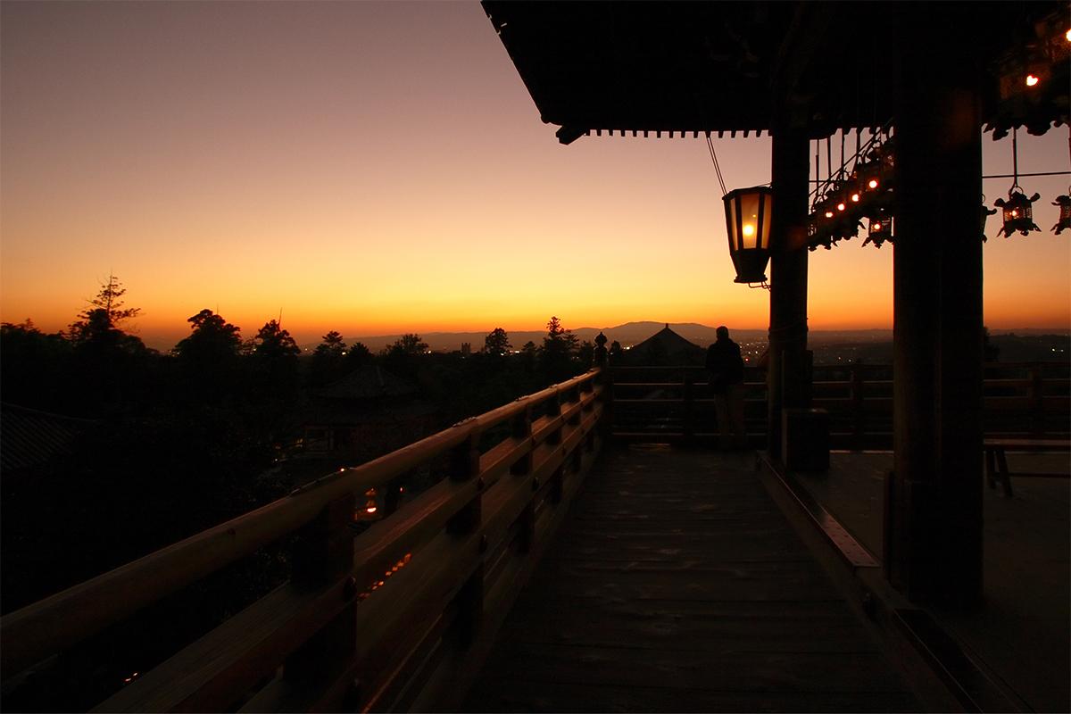 奈良 東大寺 二月堂の夕暮れ 2_f0021869_2002757.jpg