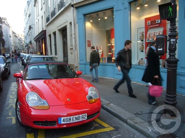 ■街角の車(パリ)_a0008105_2015934.jpg