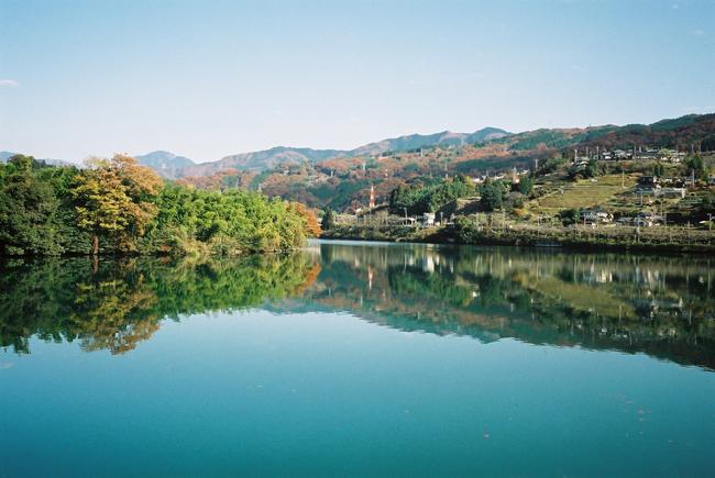 ダム湖_c0054876_745866.jpg