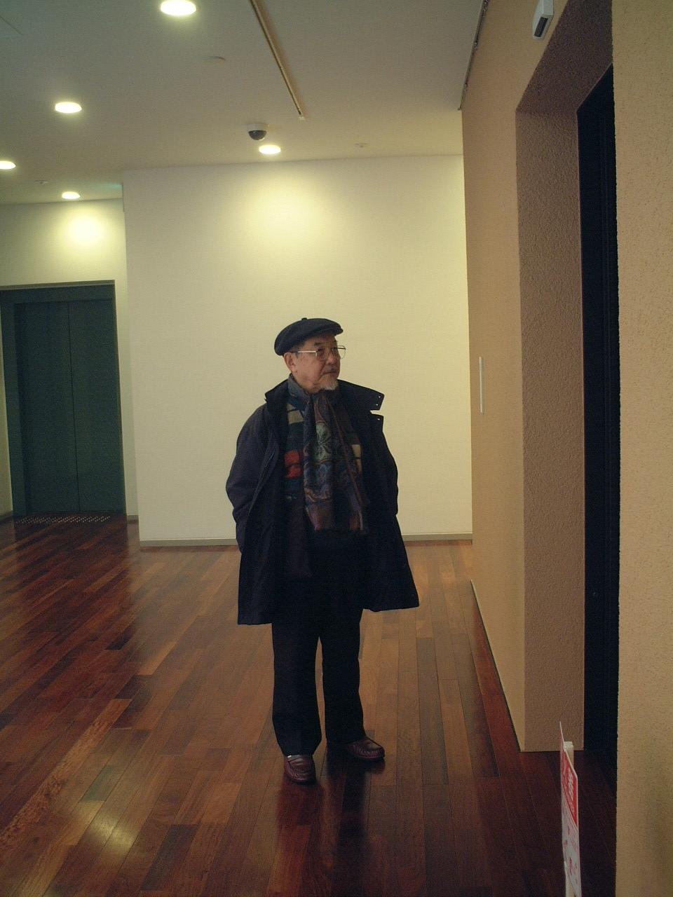 川本先生 in 美術館_b0103889_2253927.jpg