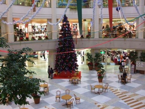 ショッピングセンターへ_f0019498_15434925.jpg