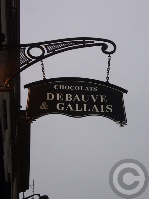 ■街角のスイーツ(パリ)_a0014299_18414234.jpg
