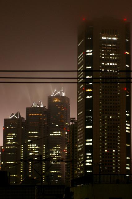 tokyo foggy night._b0058021_11152233.jpg