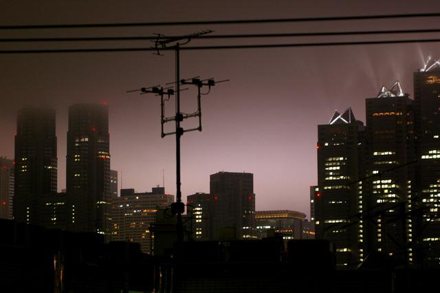 tokyo foggy night._b0058021_11155723.jpg
