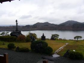 湖山荘_e0102439_1737687.jpg