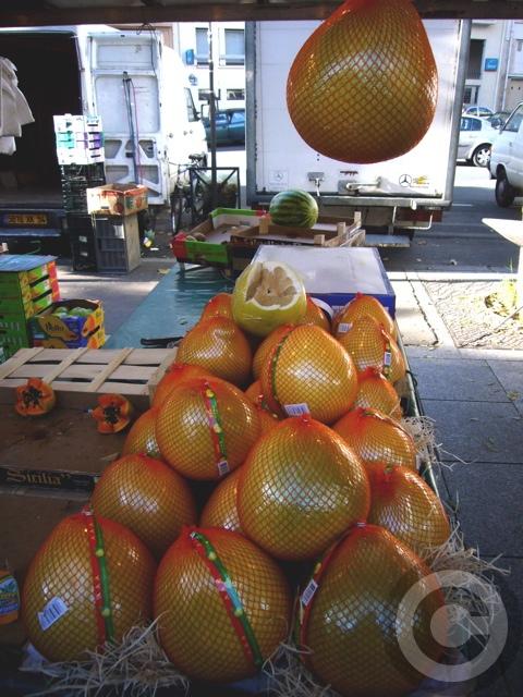 ■バスティーユのマルシェ市場にて(パリ4区75004PARIS)_a0014299_19501281.jpg