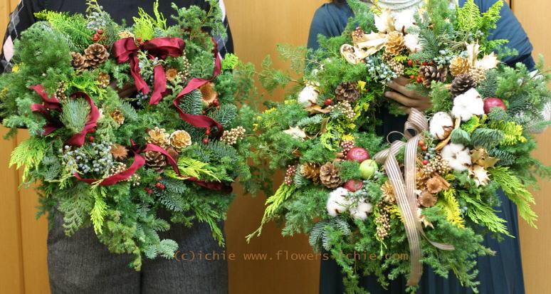 クリスマスリースとクリスマスツリー_a0042928_027566.jpg