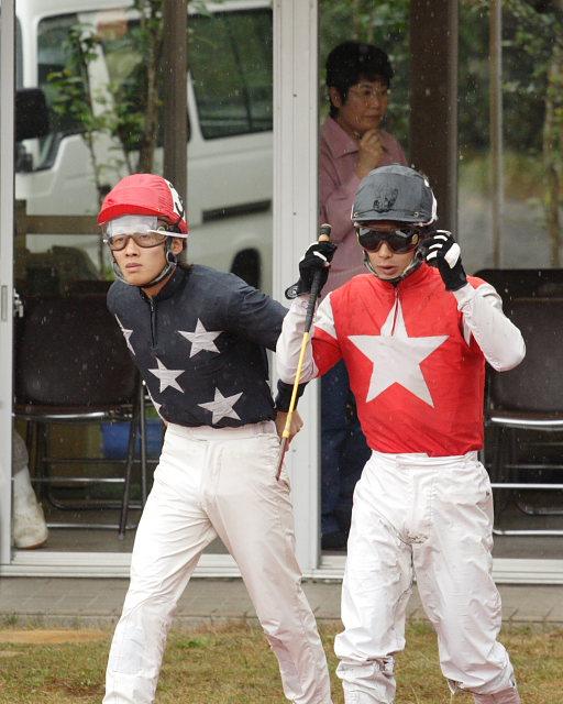 2006年11月26日(日) 高知競馬 3R_a0077663_1873962.jpg