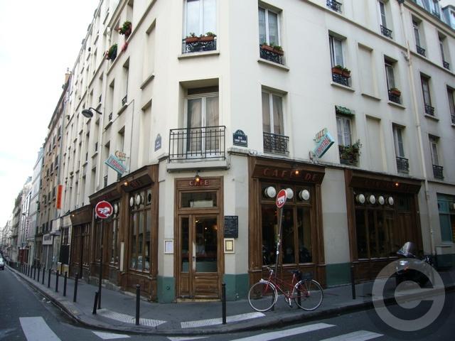 ■街角のキャフェCafe de l\'Industrie(パリ)_a0014299_19273545.jpg