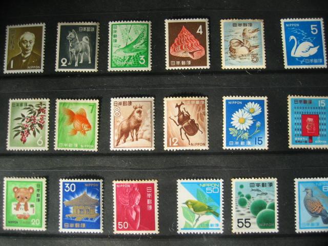切手の整理をする_f0116158_17295822.jpg