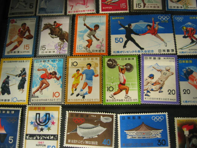 切手の整理をする_f0116158_1731182.jpg