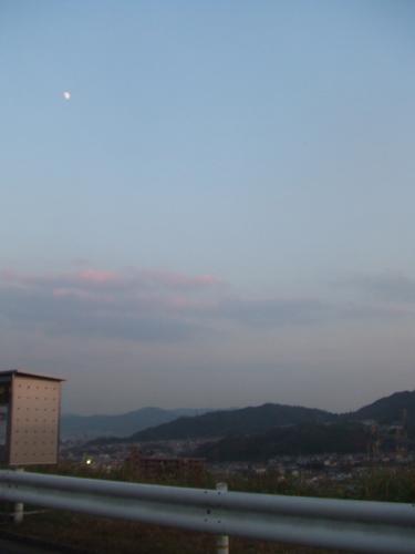 白い月_b0078597_2139958.jpg
