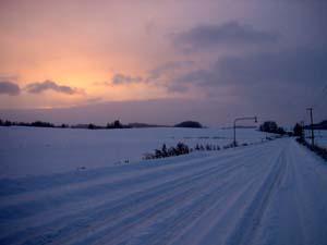 雪道は軽が強い!?_f0096216_2145443.jpg