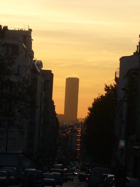 ■モンパルナス・タワーTour Montparnasse(パリ)_a0008105_6485271.jpg