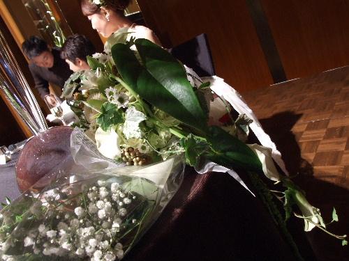 「汐留 コンラッド東京で知人の結婚式」_a0000029_126398.jpg