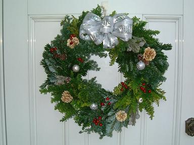 クリスマスリース_b0107003_23431117.jpg