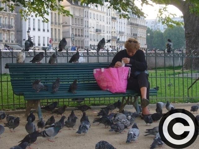 ■街角の人々(パリ)_a0008105_1164028.jpg