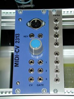 a picture of MIDI2CV and Para module