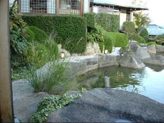 オークリーフ(宮島。対岸の、庭園の宿・石亭への旅)_f0049672_12334624.jpg