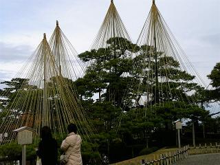 12/08[fri] 金沢、兼六園!_f0042307_10175199.jpg