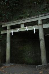 トンネルを抜けると・・・_f0100215_1153416.jpg