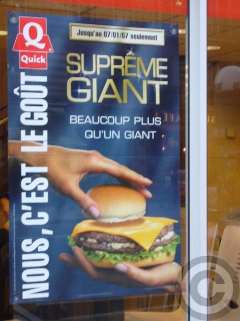 ■街角のハンバーガー(パリ)_a0014299_2113163.jpg