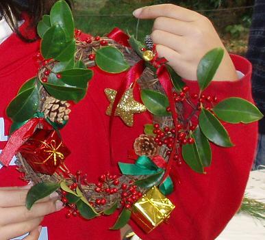 「クリスマスリース・しめ縄作り」イベントを開催しました☆_b0049307_1051326.jpg