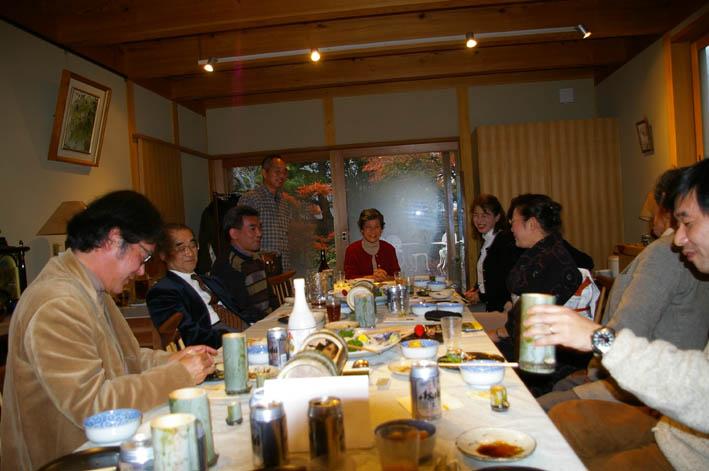北鎌倉湧水ネットワークのこの1年(兼松邸で忘年会 12・9)_c0014967_231338.jpg