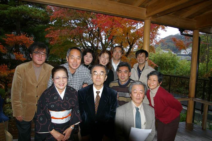 北鎌倉湧水ネットワークのこの1年(兼松邸で忘年会 12・9)_c0014967_2385295.jpg