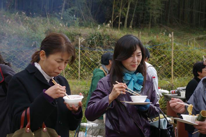 シリーズ「団塊サミットin丹沢」第7回:丹沢ドン会収穫祭_c0014967_921820.jpg