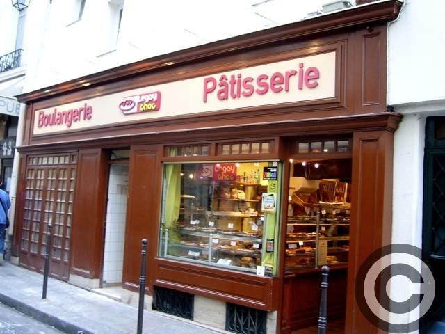■街角のクロワッサンCROISSANT (PARIS)_a0014299_6591083.jpg