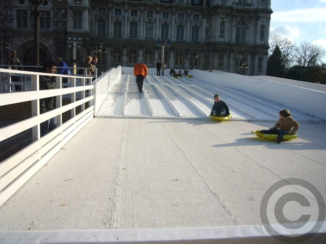■屋外スケートリンク(PARIS)_a0008105_18461624.jpg
