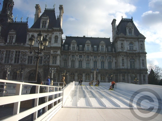 ■屋外スケートリンク(PARIS)_a0008105_18463449.jpg