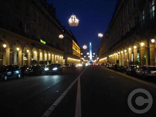 ■ヴァンドーム広場 Place Vendome(PARIS)_a0008105_2220614.jpg