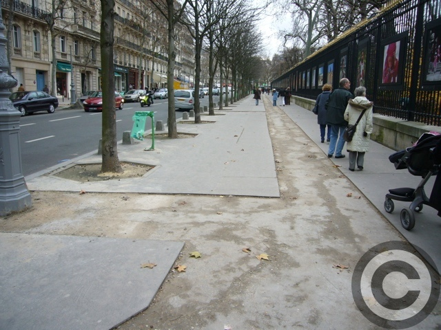 ■あちらこちら工事中のパリ(PARIS)_a0008105_4352718.jpg